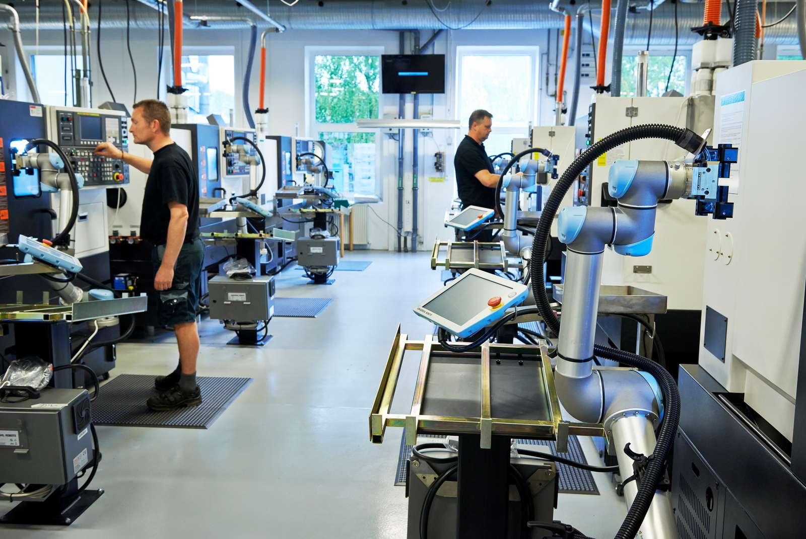 O recenzie asupra brațelor robotizate și rolul acestora la locul de muncă